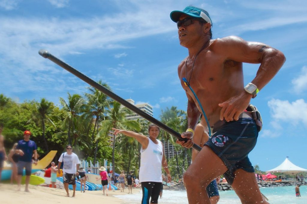 Eugene Ancheta Paddle's the Duke's Race for the First Time!